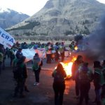 Arde Chubut: trabajadores estatales que no cobran hace meses, corte de rutas y represión
