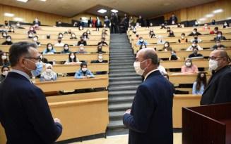 Başkan Pekyatırmacı SÜ'de derse katıldı