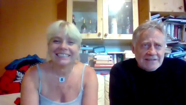 Koltai Róbert és Gaál Ildikó könyvírásról mesél - Könyv Guru TV