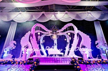 The Crown Set