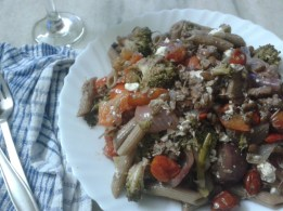 Warm Garlicky Pasta Salad of Sprouted Pulse & Vegetables