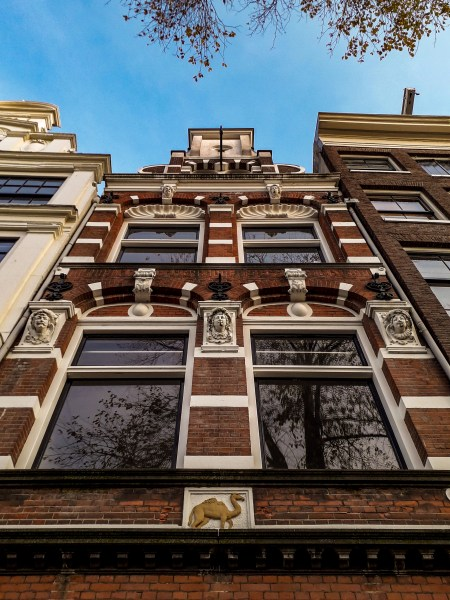 Amsterdam house with many details