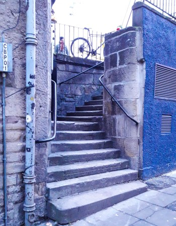 Stairs in Edinburgh from Trainspotting movie 1996