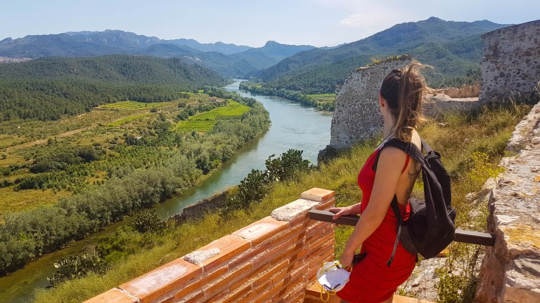 Top 10 Places to Visit in Amazing Catalonia, Spain