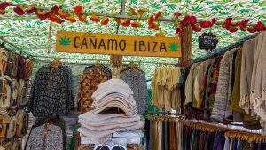 IBIZA TRAVEL: WHY YOU SHOULD VISIT EPIC HIPPIE MARKETS