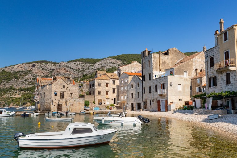 EXPAT LIFE IN CROATIA: CANADIAN/ITALIAN ON AMAZING VIS ISLAND