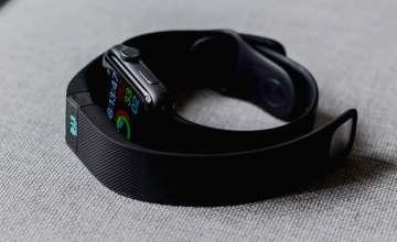 fitness tracker smartwatch smart band