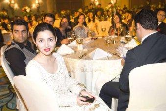 Sarmad Khoosat & Mahira Khan at Shaukat Khanum Charity Fundraiser in Dubai