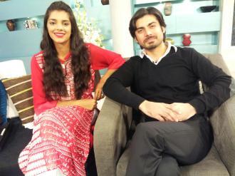 Fawad Khan, Sanam Saeed, Hadiqa Kiani, Sultana Siddiqui & Momina on Jago Pakistan Jago (1)