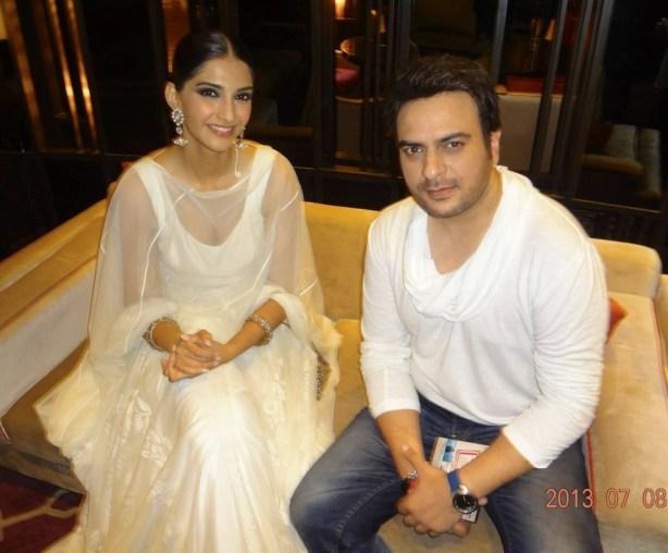 Sonam Kapoor and Shiraz Uppal at Raanjhanaa Success Party