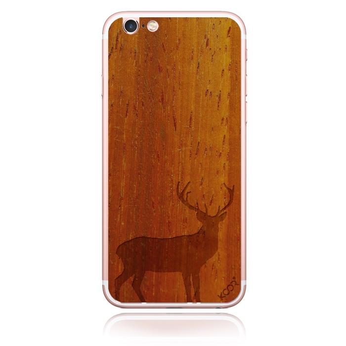 Red deer – Padauk Crimson WOOD phone skin