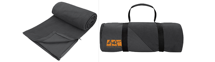 26089-blanket-with-sleeping-bag