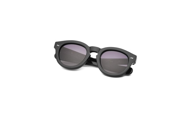 Black/Smokey Grey