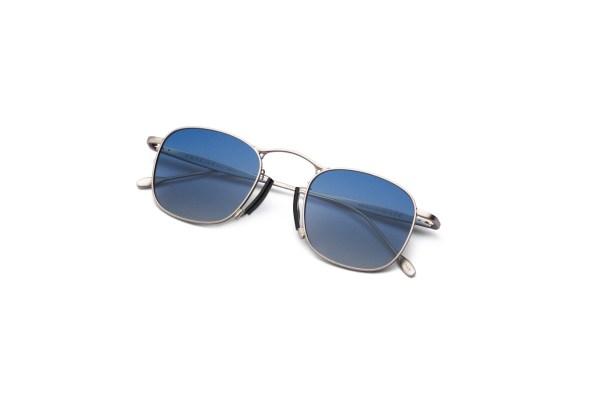 Shiny Silver/Smokey Blue