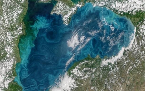 Черное море изменило цвет