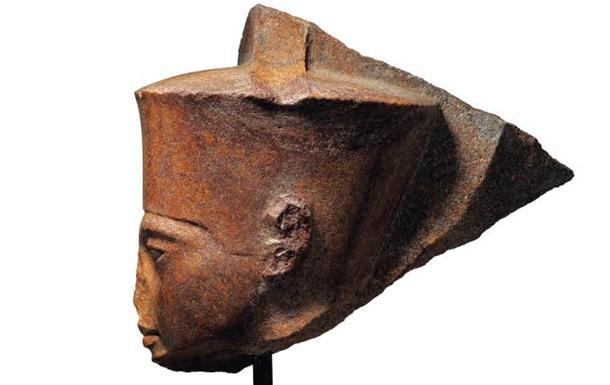 Бюст Тутанхамона продали на аукціоні майже за шість мільйонів доларів