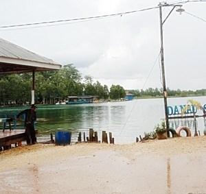 Objek Wisata Banjarbaru, Danau Seran (2); Sediakan Fasilitas Hiburan yang Menyenangkan