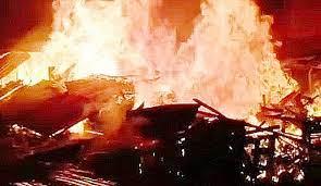 Pasar Martapura Terbakar, Dilaporkan 7 Kios Kaki Lima Hangus
