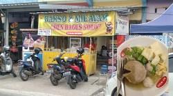 Mie Ayam Den Bagus Solo 99 di Jl Bina Satria No. 5, Loktabat Utara, Banjarbaru.(foto: koranbanjar.net)