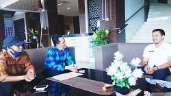 Kunjungan manajemen Koran Banjar ke DPRD Kabupaten Batola. (foto: koranbanjar.net)
