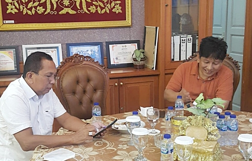 Sekretaris Panitia Pamekaran Gambut Raya, Aspihani Ideris (baju orange). (foto: ist)