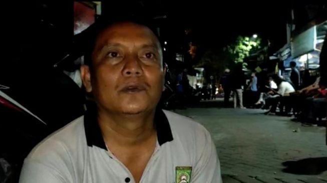 Ketua RW 05 Ahmad memberi kesaksian atas kejadian penembakan Ustaz Armand di Pinang. [Suara.com/ Muhammad Jehan Nurhakim]