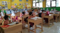 Suasana pembelajaran tatap muka di SDN Jawa Martapura, Kamis (2/8/2021). Foto: Dewi/KBnet