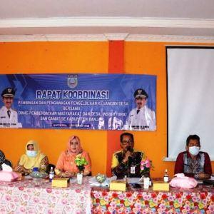 Camat Kabupaten Banjar Bahas Pengelolaan Keuangan Desa