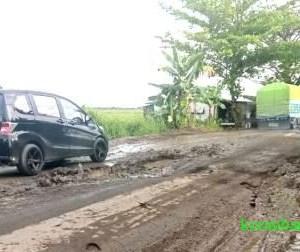 Jalan Trans Kalimantan di Barabai Hancur, Karena Sering Dilintasi Truk Angkutan Semen