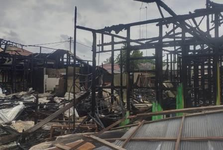 Rumah terbakar di Marabahan, Batola. (foto: faqih)