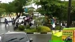 Tawuran antar kelompok pemuda di Banjarmasin pecah hingga mengganggu arus lalu lintas di kawasan Jl Piere Tendean, Kota Banjarmasin, Kalsel pada Minggu (26/9/2021) pagi. (foto: tangkapan layar video).