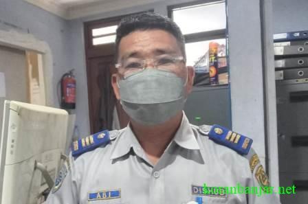 Kepala UPTD Parkir Dishub Kota Banjarmasin, Abimayu SE.(foto: leon)