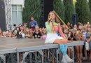 Gadis Nyanyi Sambil Duduk Viral di TikTok, Ternyata Ini Kejadian Sebenarnya