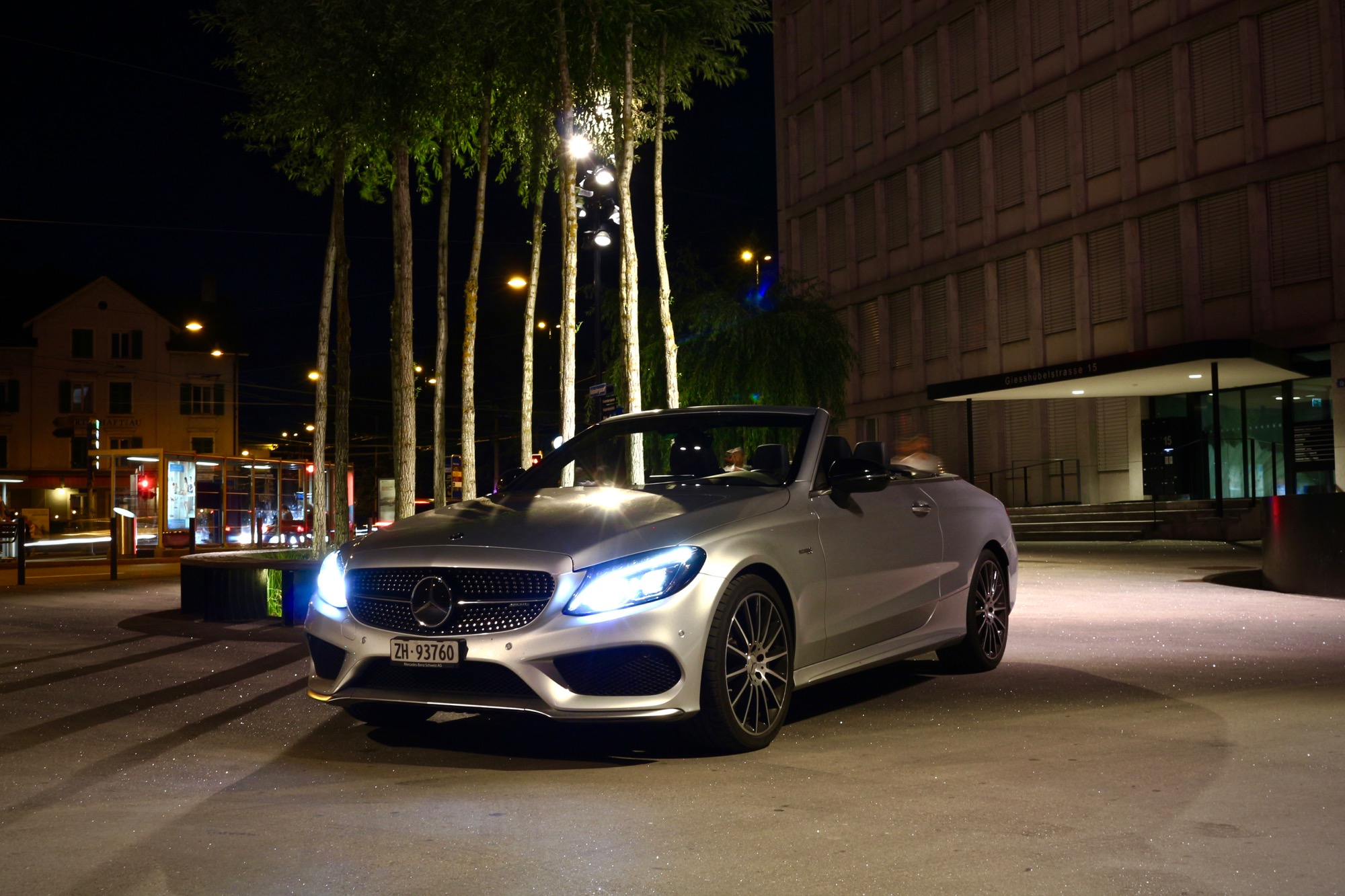 Mercedes-AMG C43 Cabrio: Star in der Manege