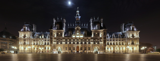 Hotel_de_Ville_Paris_Wikimedia_Commons