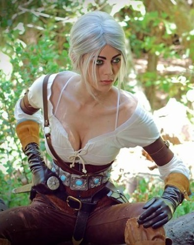 ob_8da0c5_cosplay-the-witcher-3-ciri-396x500