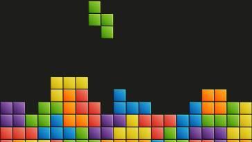 Jouer à Tetris à la première personne – Korben