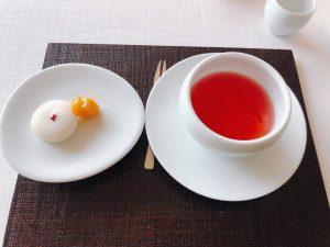 伝統茶と茶菓子