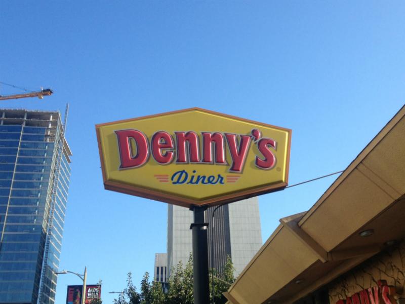 Denny's on Vermont