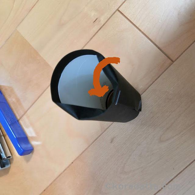 ハロウィンの飾り コウモリの作り方。トイレットペーパーの芯で子供と簡単工作