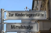 2015 Laterne laufen in der Steglitzer Mittelstraße zur Kindertagesstätte