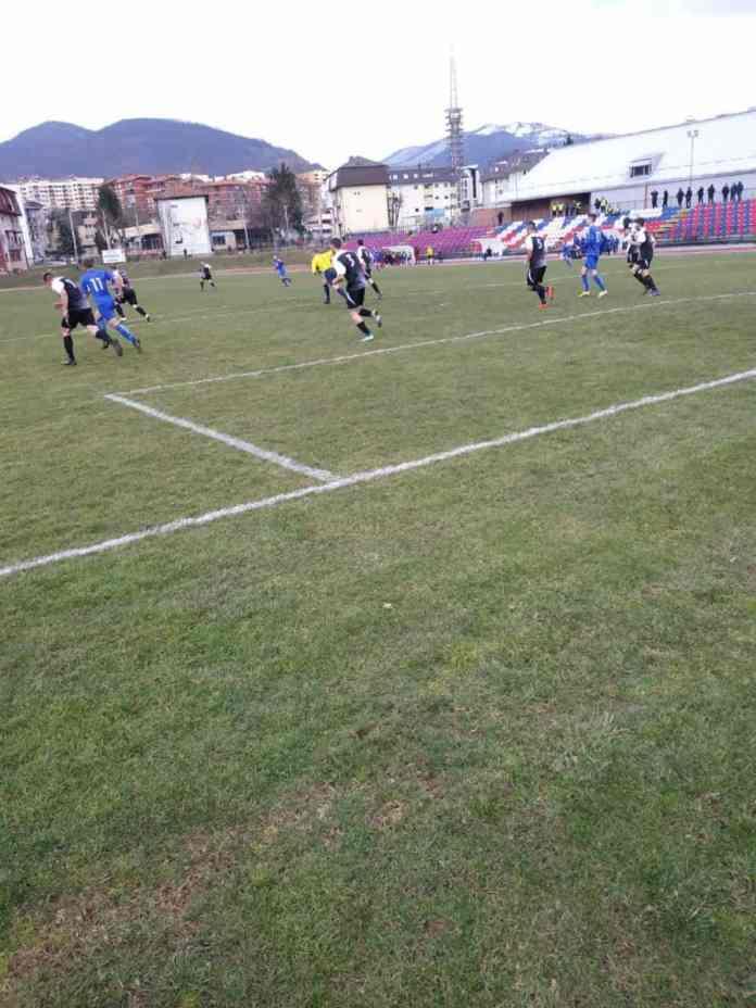 Meč za dušu i sjećanje: Unis ugostio Famos, viđeno šest golova