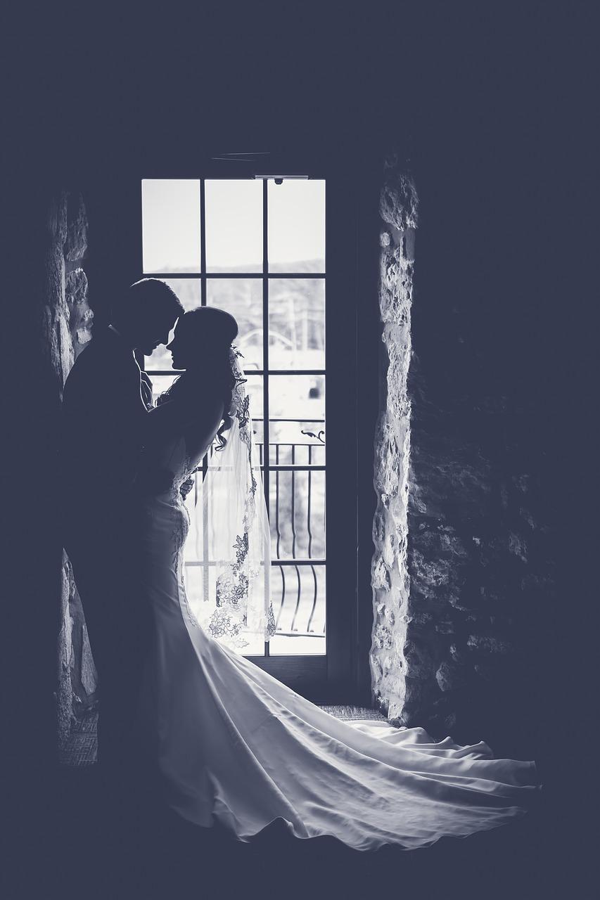 bride-1850074_1280