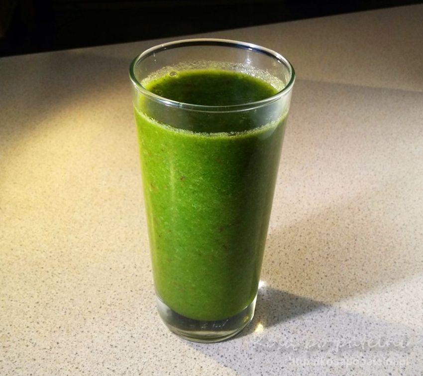 Zielone smoothie warzywno-owocowe