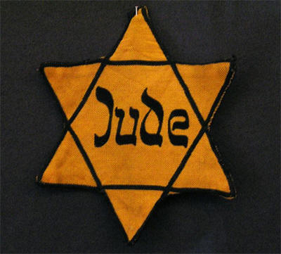 Holocaust_Yellow_Badge.jpg