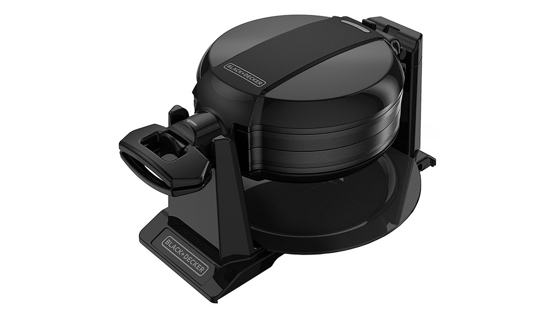 Amazon Best Price: Black and Decker Rotating Waffle Maker