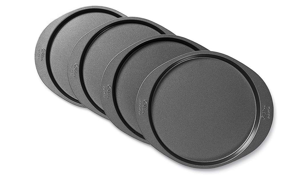 Amazon GREAT DEAL: Wilton Cake Pan Set