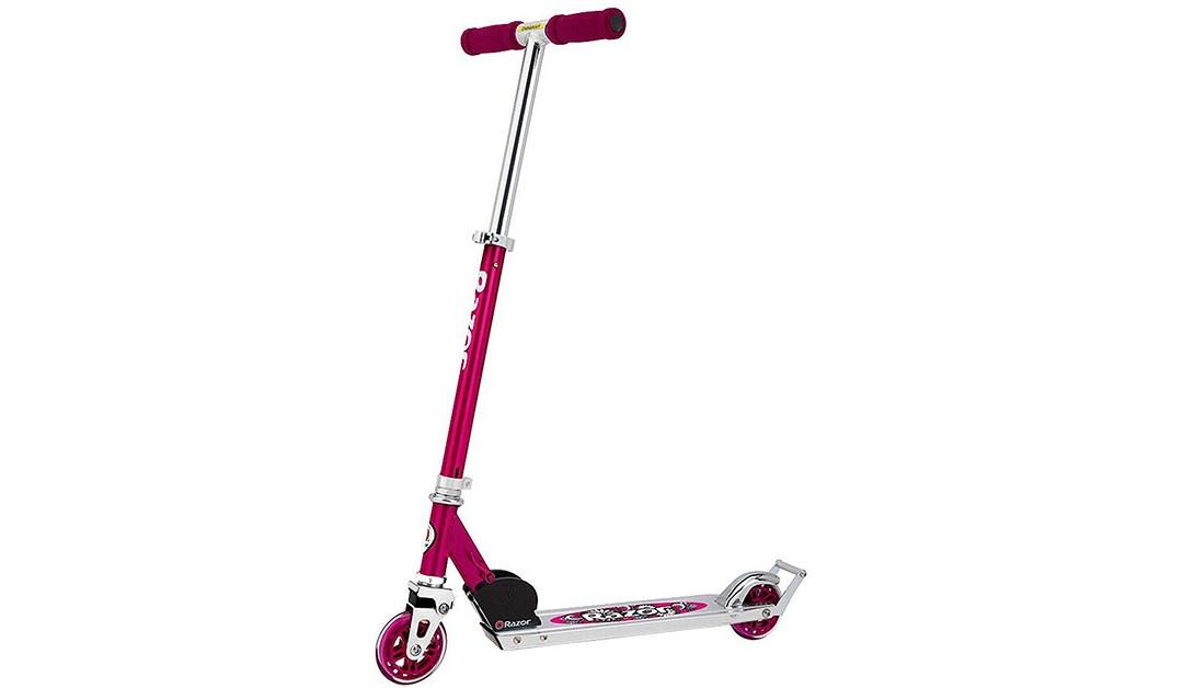 Amazon   BEST PRICE: Razor A2 Kick in Daisy Pink