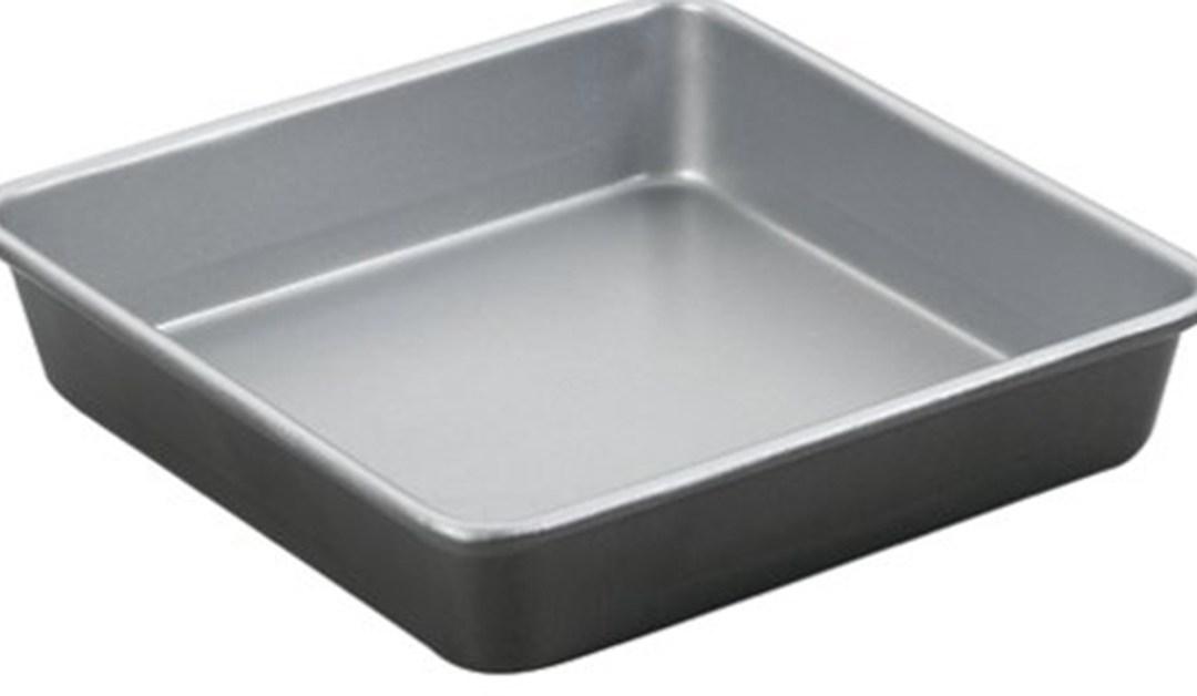 Amazon | BEST PRICE: Cuisinart Square Cake Pan