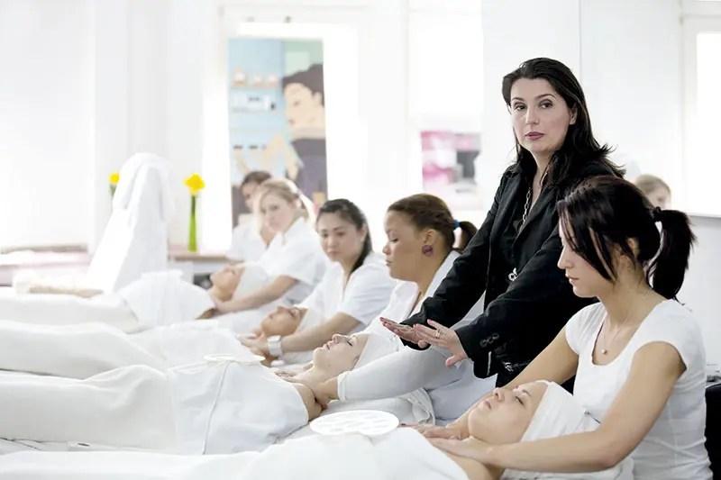 Kosmetikausbildung Kosmetikschule Beautyworld